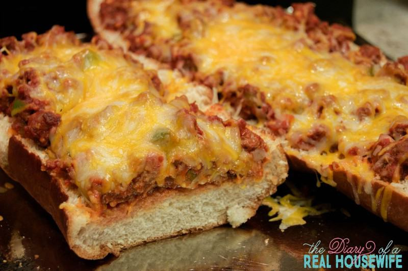 Sloppy Joe French Bread Pizza. Easy weeknight dinner