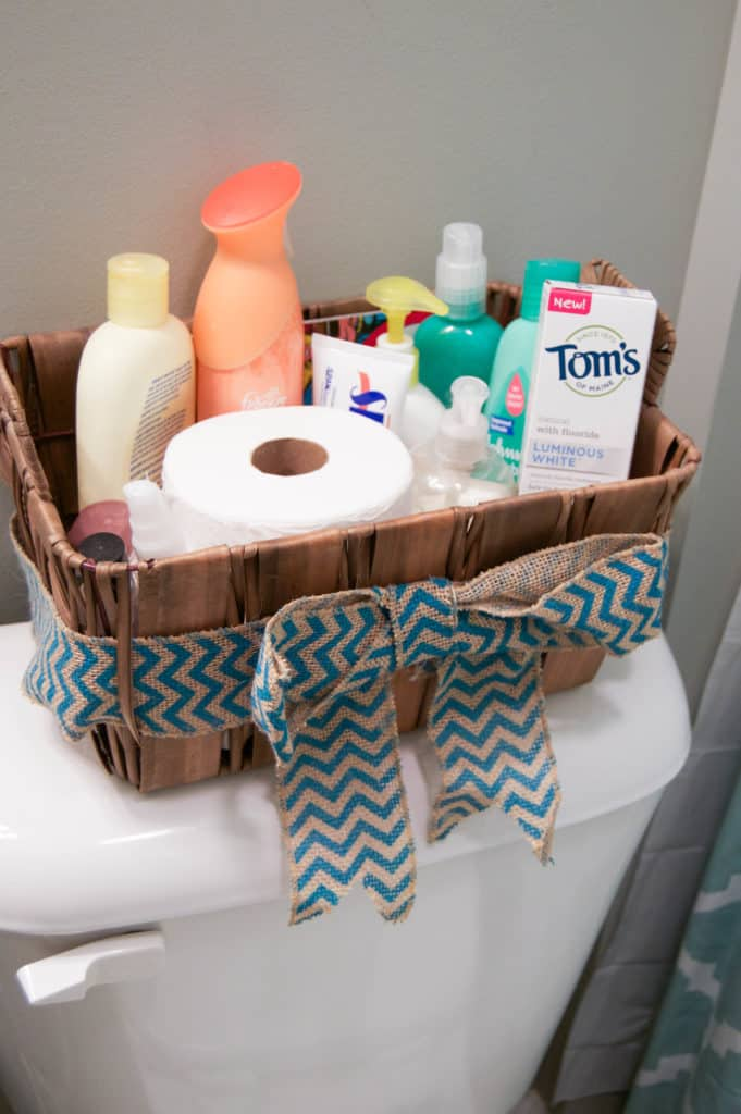 awesome-small-bathroom-organization